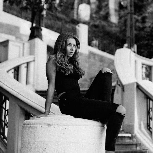 sophie-hochhauser-portrait2